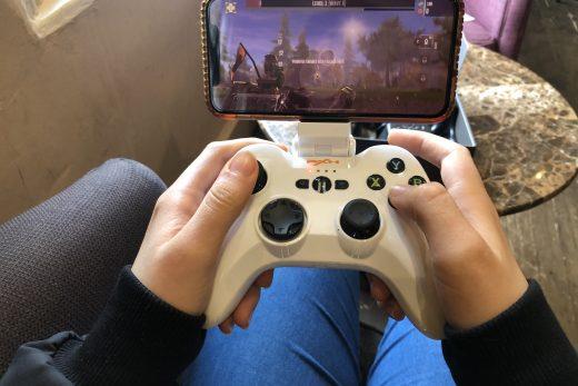 Speedy Wireless Gamepad PXN Review!